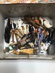 Star Wars Vintage Action Figures 1977 Lot- 21 Figures, 10 Guns, And Lunch Box