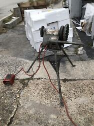 Ridgid 300 Pipe Threader With Carriage, Cutter, Reamer, And Bucket