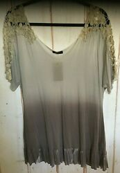 T Party Women#x27;s Blending Colors Brocade Laced 1 2 Sleeves Tunic Top Sizes L $18.99