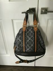 Authentic Louis Vuitton Prefall 2010 Limited Collection