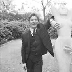 Old Music Photo Denis Dell Of The Honeycombs In Holland Park London 1965