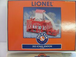 Lionel 6-14158 Icing Station With 6-26794 Pacific Fruit Express Ice Car Nib
