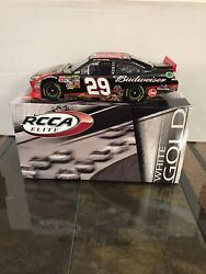 2011 Kevin Harvick 124 Budweiser Realtree Elite White Gold D 35/36 Very Rare