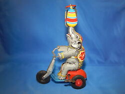 Vintage 1950's Ussr Tin Windup Circus Elephant Toy - Made In Us Zone - Brand New