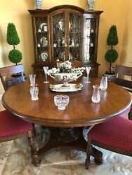 Ethan Allen Dining Set - Pedestal Dining Table And 6 Side Chairs