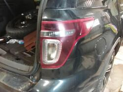 13 14 Ford Explorer R. Tail Light W/o Police Package Black Out Lens Sport