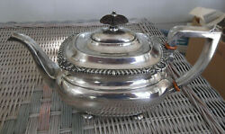 International Lord Robert Sterling Silver 10 Cup Teapot - Excellent