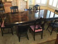 Vintage/antique Dinning Room Table And Chairs