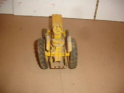 1/16 Industrial 240 340 Toy Tractor