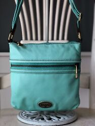FOSSIL EXPLORER HOBO Small MINT Leather Crossbody Swing Pack Shoulder Bag Purse $59.95