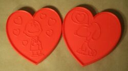 2pc Peanuts Snoopy And Charlie Brown Red Plastic Heart Valentine Cookie Cutters