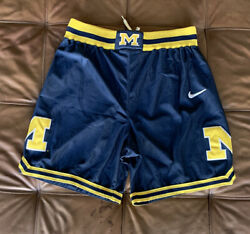 Vintage Nike Michigan Wolverines Shorts M Fab 5 Five Authentic Jersey Basketball