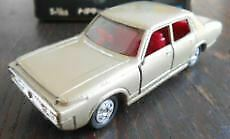 Tomica Toyota New Crown Model Car Tomy Diecast 1/65 Scale Made In Japan Rare F/s