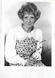 Elaine Stritch Hand Signed Early 10 X 8 B/w Photograph From Nobody's Perfect