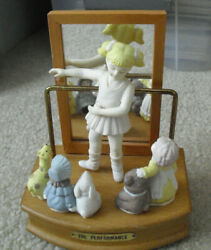 House Of Lloyd Bisque Girl Wood Music Box Thank Heaven For Little Girls 6 3/4 T