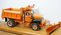 Mack B61 Dump Truck W/snow Plow 1/25th Scale By A.i.m. Resin Cast Price Reduced