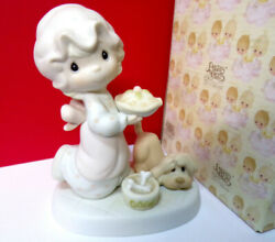 Precious Moments DROPPING OVER FOR CHRISTMAS Figurine $25.00