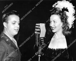 8b20-21081 Carole Landis For Afrs Armed Forces Radio Service 8b20-21081