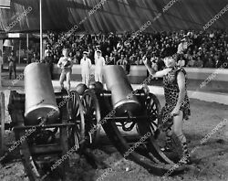 1509-027 Harpo Marx Ready To Fire The Cannon Film At The Circus 1509-27 1509-027