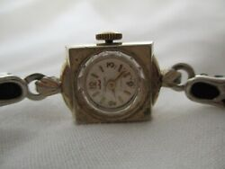 Waltham 17 Jewels Womenand039s Silver Toned Wind-up Wristwatch W/ Adjustable Band
