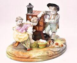 Sculpture In Porcelaine. The Kids And La Box Optical Jacob Small