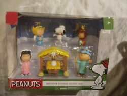 2016 Peanuts Nativity Figures Deluxe Set Christmas Pageant Snoopy Charlie Brown
