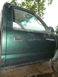 95 96 97 98 99 00 01 02 03 04 Toyota Tacoma Passenger Right Front Door Pick Up