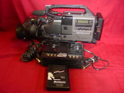 Jvc Color Video Camera Ky-d29uch W/canon Bctv Zoom Lens And Carry-on Case