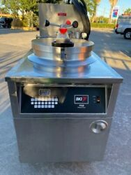 Bki Fkm-fc Electric Commercial Pressure Fryer With Automatic Filtration System