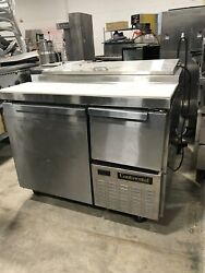 Continental Cpa43 Pizza Prep Table With Refrigerated Base