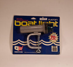 New Fulton 52 -p Clamp On Battery Operated Bow Light