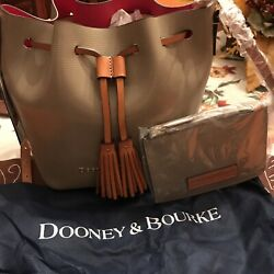 NWT Dooney and Bourke Serena Women#x27;s Crossbody Leather Tassel Purse Taupe $99.00