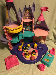 Fisher Price Little People Disney Princess Songs Palace W/ Extra People