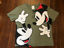 Disney Women's Size L Green Short Sleeve Mickey Mouse T Shirt $14.99