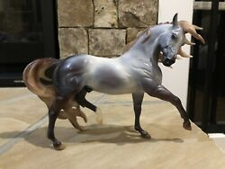 Breyer Bayberry and Roses 2014 Holiday Horse. Espirit.