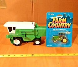 Ertl Farm Country John Deere Tractor Sealed And Unbranded Plastic Hay Baler Toys