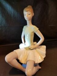 Lladro Porcelain Figurine Hand Made In Spain 1974-1977 Mint Cond. 295.00