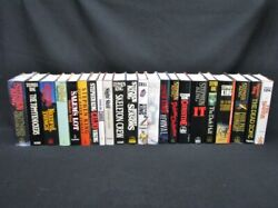 22 Stephen King Hardcover Books It Christime Cujo Shining Carie Stand Ect