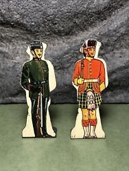 2 Lot | Vtg Marx | Flat Tin Soldiers | Gordon Highlanders And Kings Rifle Corps.