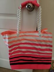 NWT VICTORIA SECRET White Black Striped Travel Canvas Beach Pink Tote Bag $25.00