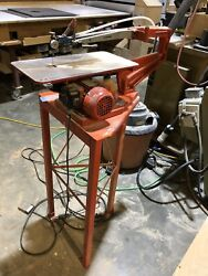 Hegner Multimax-22v Variable Speed Scroll Saw With Stand And Pedal