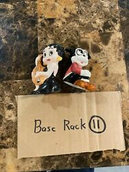 Salt And Pepper Shakers - Kfs/fs - Betty Boop And Bimbo - Vintage Set