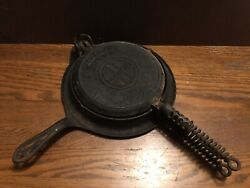 Antique Griswold American No 8 Cast Iron Waffle Iron With Stand