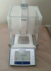 Mettler Toledo Xs204 Excellence Analytical Balance 220 Gx0.1 Mg W/ Adapter Great