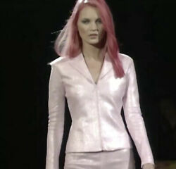 Iconic Vintage Ss99 Gianni Versace Couture Linen Pink Suit Runway Piece Size 38