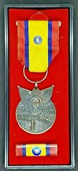 Wwii Awarded China Service Medal Of Avg Flying Tigers Ace