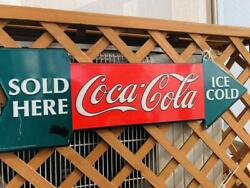 Coca-cola Arrow-shaped Sign Sold Here Ice Cold Color Red White Green Used Item