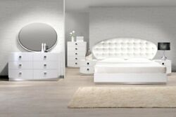 Contemporary Look White Color Bedroom Furniture Cal Eastern King/ Queen Size Bed