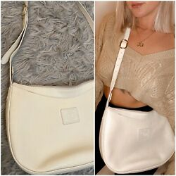 VINTAGE 70s 80s Gucci White Cream Pebbled Leather crossbody Gold Hardware $175.00