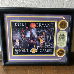 Kobe Bryant Frame Nba Los Angeles Lakers Gold Medallion Mint 50 Point Games